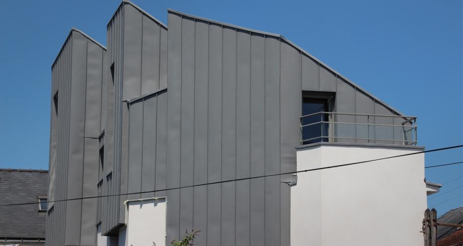 maison-L-6-920x489.jpg